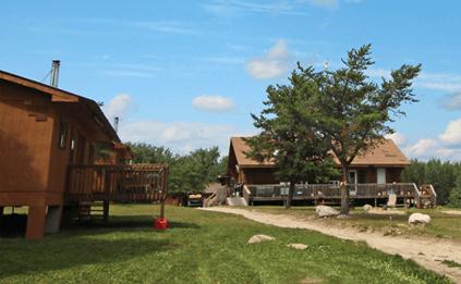 cabins-horizontal