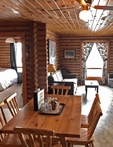 inside-big-log-cabin